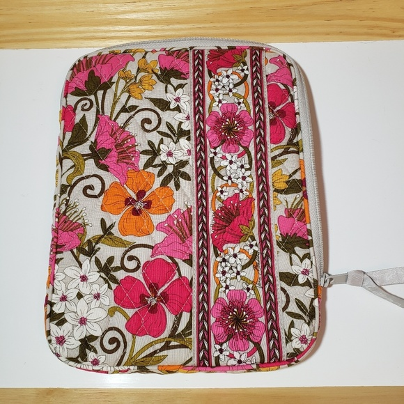 Vera Bradley Handbags - Vera Bradley iPad tablet cover zippered case